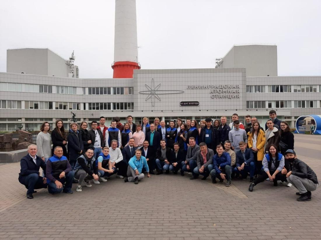 В ходе поощрительной поездки участники конкурса посетили Ленинградскую атомную станцию