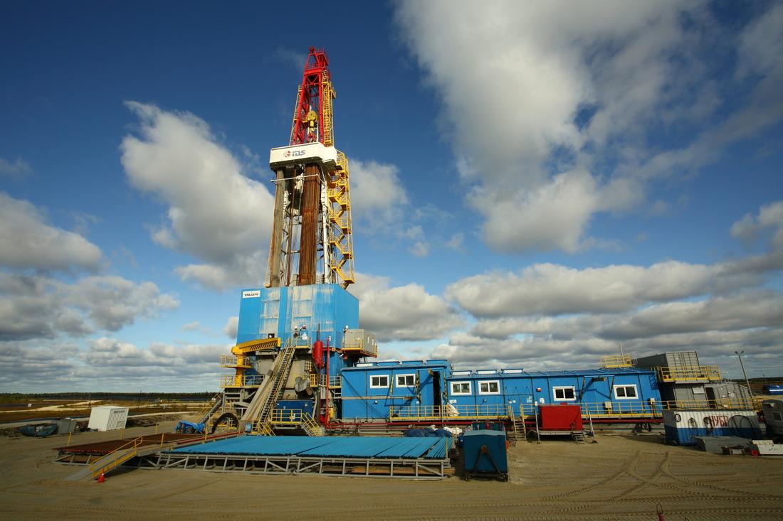 Первая изпробуренных наЗападно-Таркосалинском месторождении скважин уже дает нефть