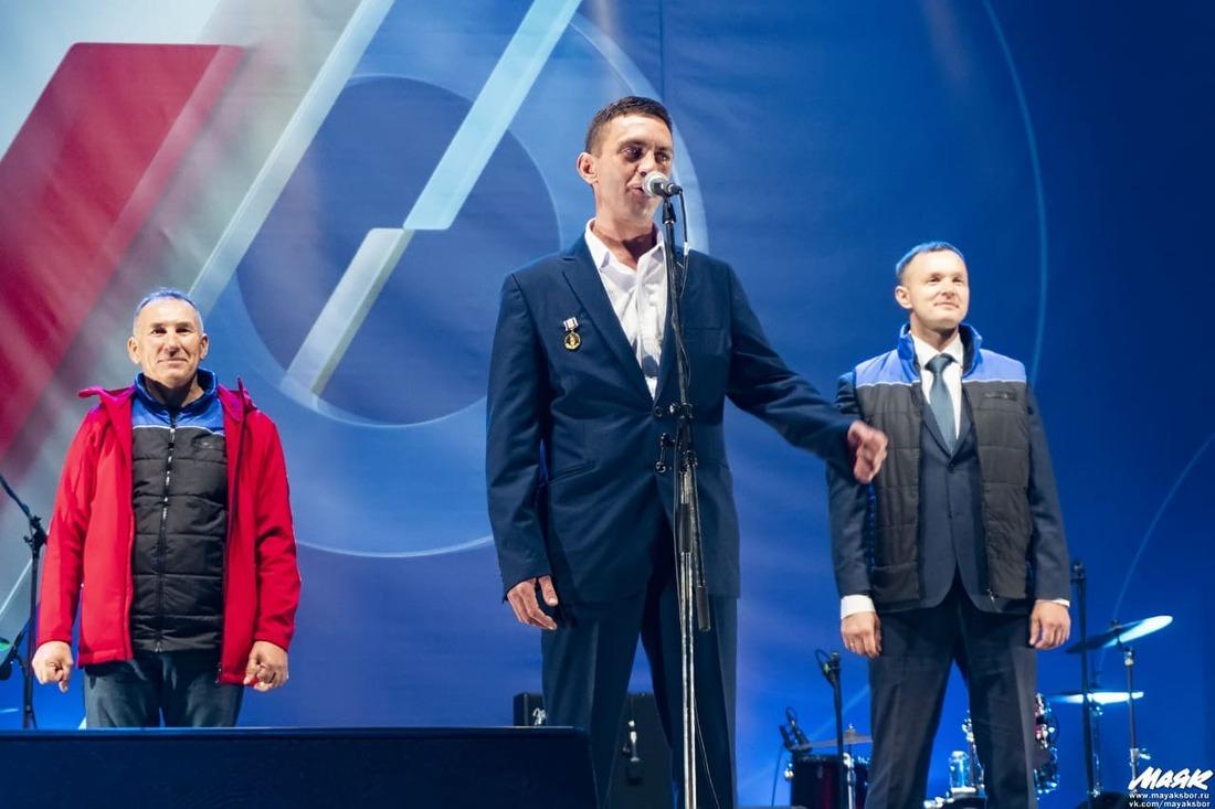 Александр Бутков поздравил отимени жителей ЯНАО всех атомщиков сюбилеем отрасли