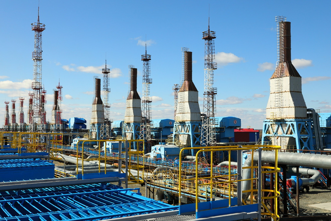Газоперекачивающие агрегаты Губкинского газового промысла, накоторых производится апгрейд систем автоматики
