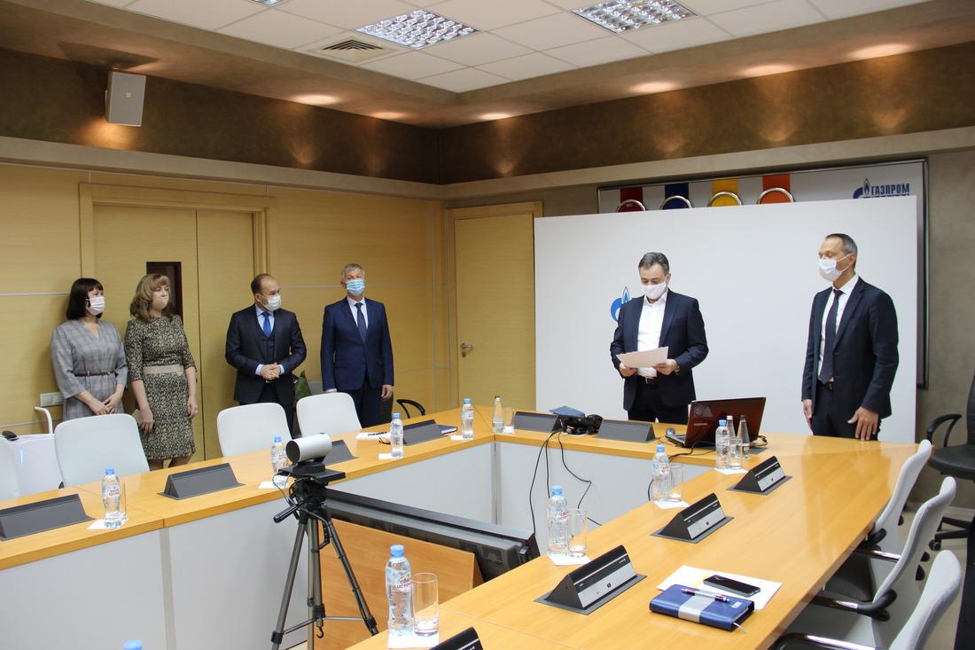 Заслуги пяти руководителей ООО«Газпром добыча Ноябрьск» были отмечены нафедеральном уровне